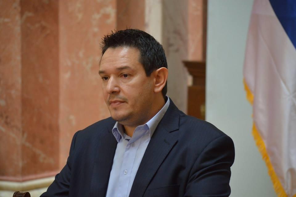 Шаровић: У Скупштини се усвајају закони који воде ка заокруживању независности Косова!