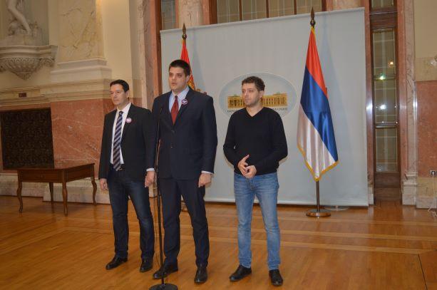 Шешељ: Црна Гора на ивици грађанског рата, радикали траже да Влада Србије захтражи хитну седницу Савета безбедности УН