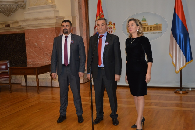 Српска радикална странка о буџету Србије: Неизмирене обавезе према пензионерима и ново задуживање државе