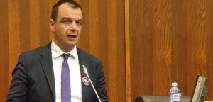 Српски радикали против новог задуживања АП Војводине!