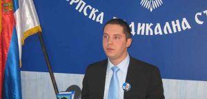 Ђенералу Вељку Раденовићу и војводи Драгутину Кесеровићу град Крушевац да додели признање 14. октобра