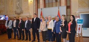 Aleksandar Šešelj: Radikali ne prisustvuju sednici – u skupštinskoj sali sa ministrima samo su poslanici vladajuće većine!
