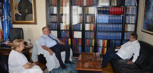 Ambasador Kube posetio Srpsku radikalnu stranku!