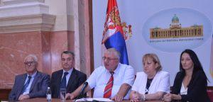 Др Шешељ: Српска радикална странка поднела иницијативу за оцену уставности Закона о пресађивању људских органа