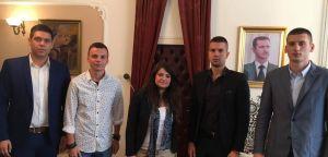 Захвални смо Влади Сирије што елиминише терористе са Косова!