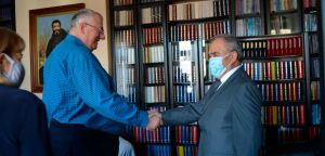 Амбасадор Палестине посетио др Војислава Шешеља!