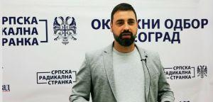 Власт нема решење за паркинг места у Београду,  српски радикали имају решење