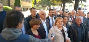 Конференција за медије Вјерице Радете, 25. септембра 2018. године, испред зграде Вишег суда у Београду