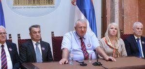 Проф. др Шешељ: Функционери власти да прво истраже наводе и одговорно се огласе поводом тзв. шпијунске афере