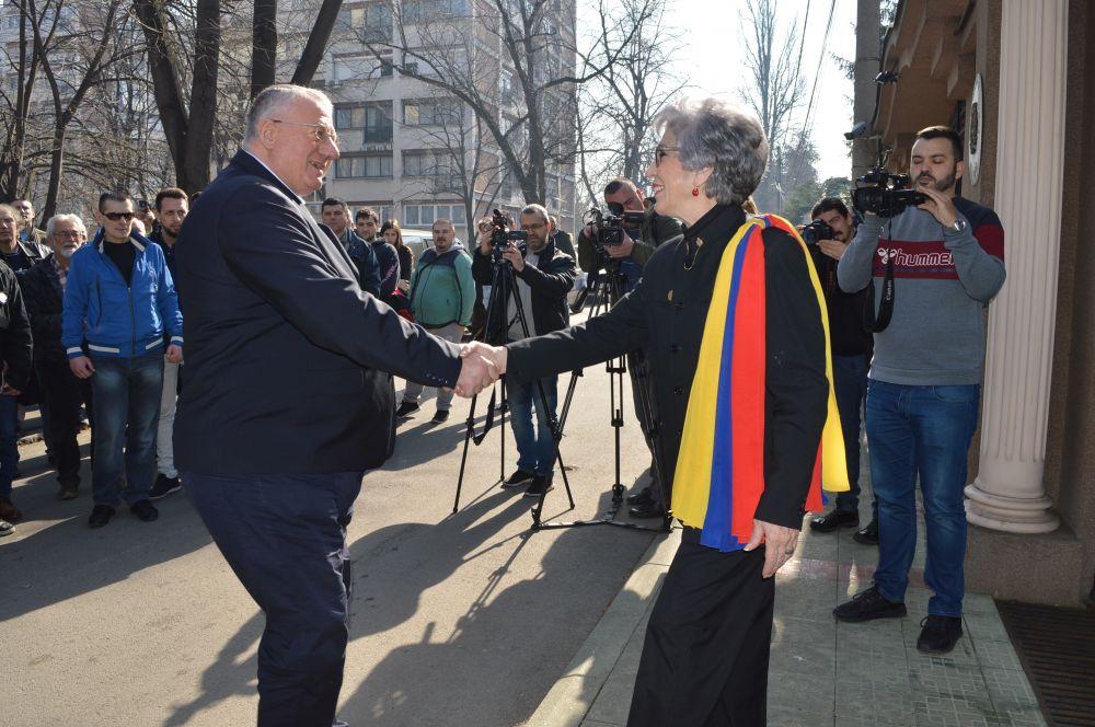 Др Шешељ: Српски народ има обавезу да буде на страни Венецуеле!