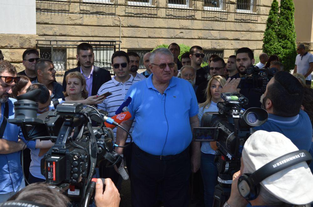 Др Шешељ: Суд је донео једину могућу одлуку - ослобађајућу пресуду