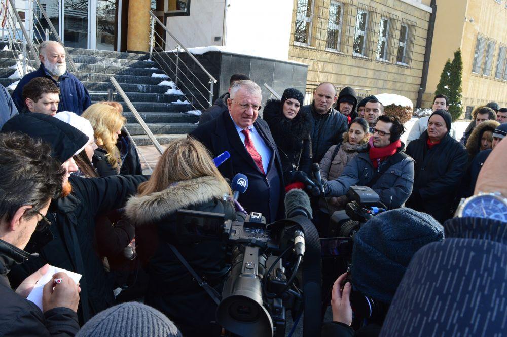 Dr Šešelj: Ne idem u Hag na izricanje pravosnažne presude
