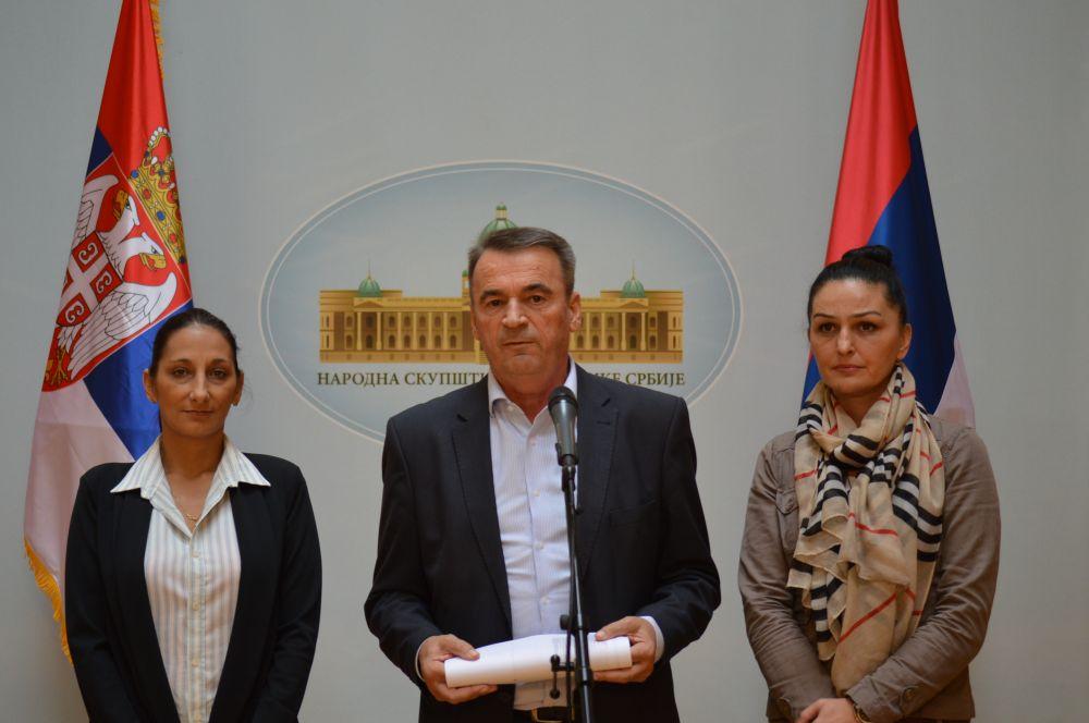 Mirčić: Zaustaviti zaduživanje građana Srbije!