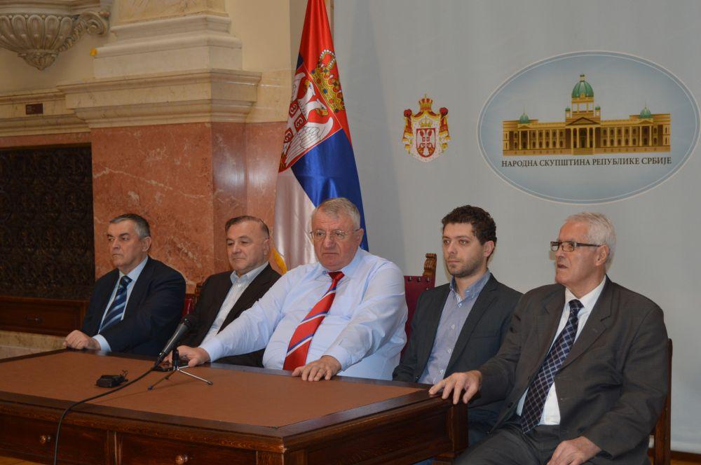 Шешељ: Хрватска неће стати са својим захтевима!