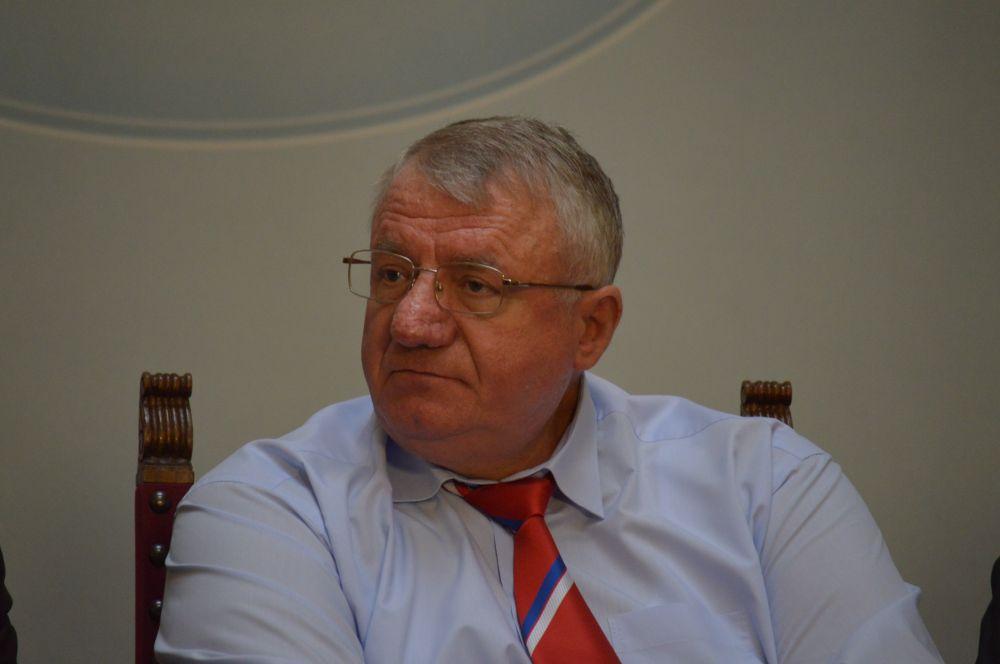 Шешељ: Народна скупштина представља сумрак демократије!