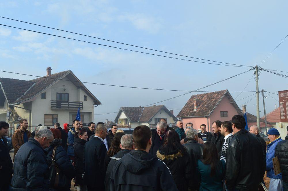 Др Шешељ: Русија и Кина би требало да пошаљу своје трупе на Косово!