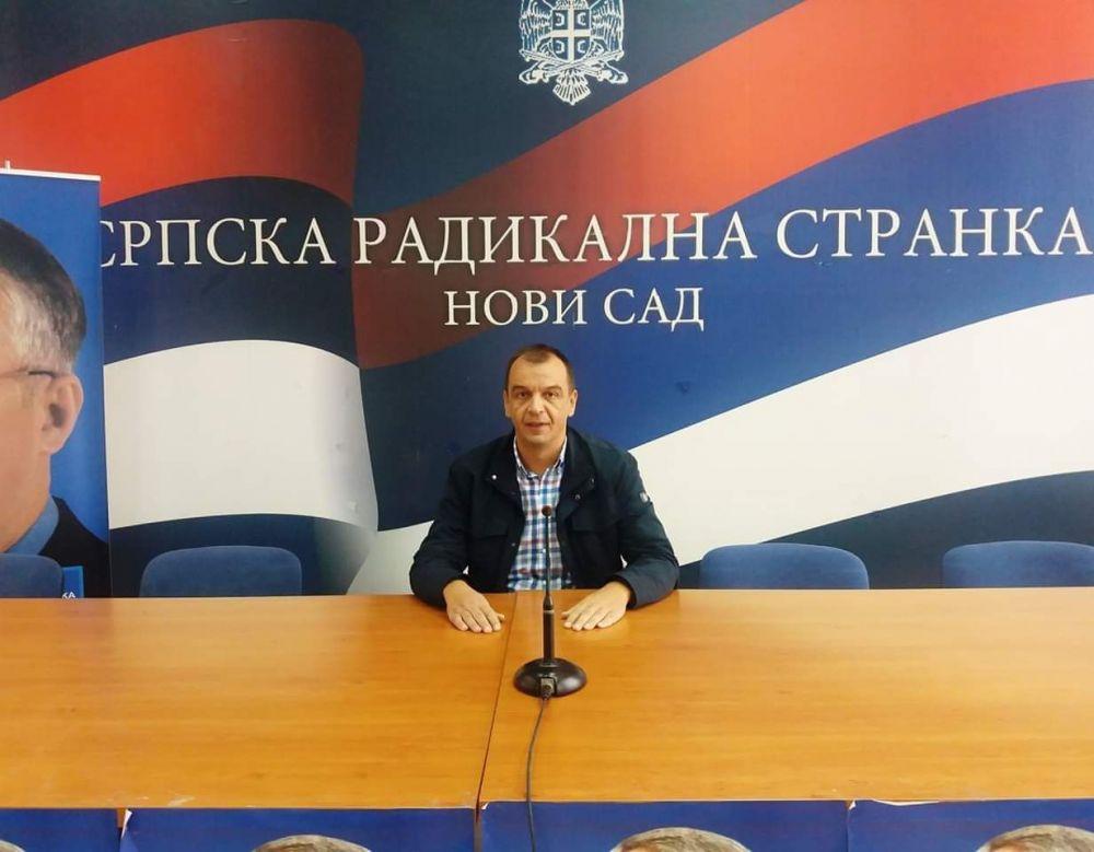 Српски радикали против концесије за изградњу јавних гаража у Новом Саду!